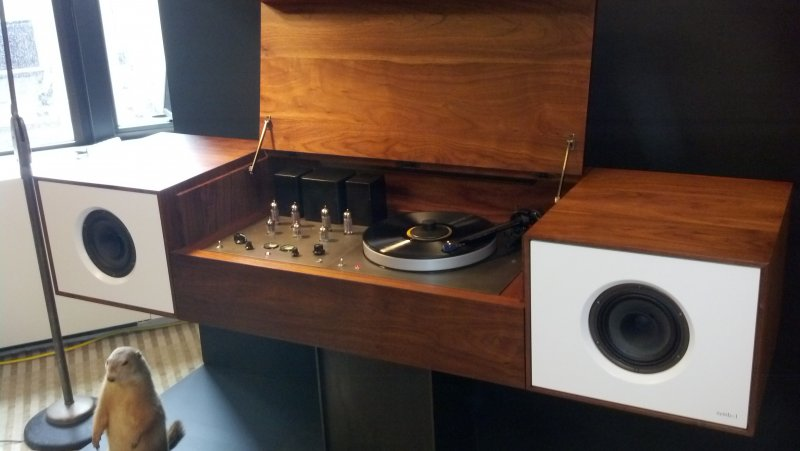 On The Not So Absurdly Expensive But Still Out Of Reach Side Of Things Was  This Stellar Piece Of Audio Furniture, Reminding Me Of The Old Console My  ...